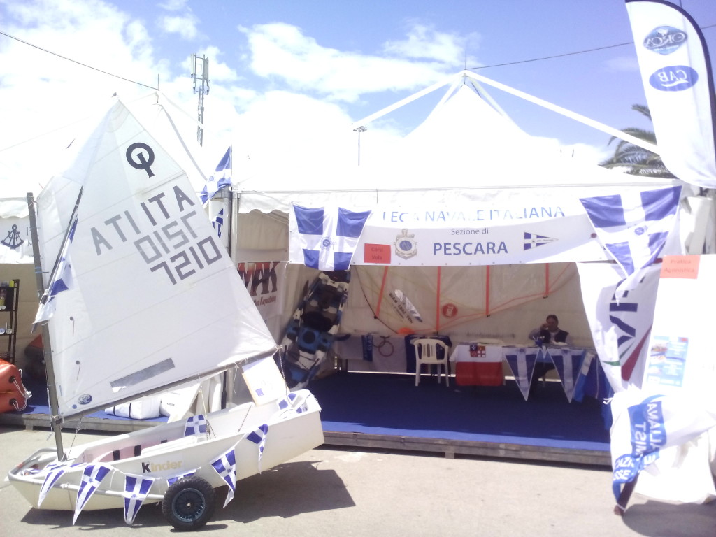 Lo Stand